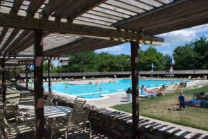 resort style pool is just one of the amenities at lake linganore